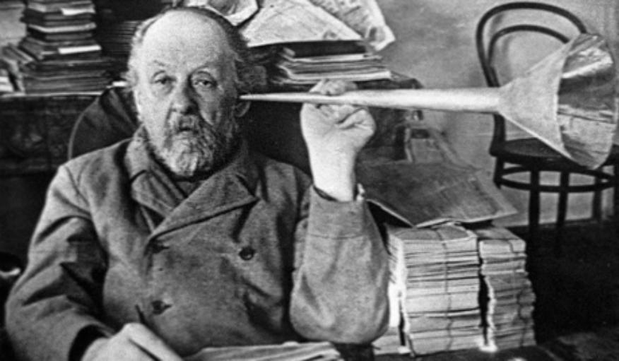Tsiolkovski et son cornet