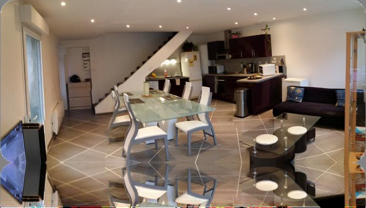 rdc avec coin salon et salle manger etcuisine quip e ouverte donnant sur le jardin de 58 m2. Black Bedroom Furniture Sets. Home Design Ideas