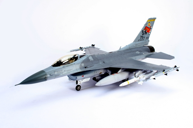 F-16_1.jpg