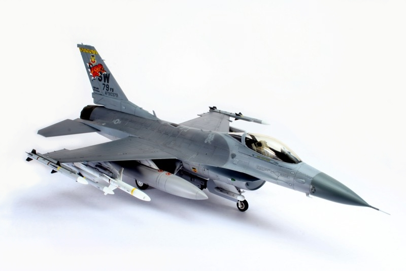 F-16_2.jpg