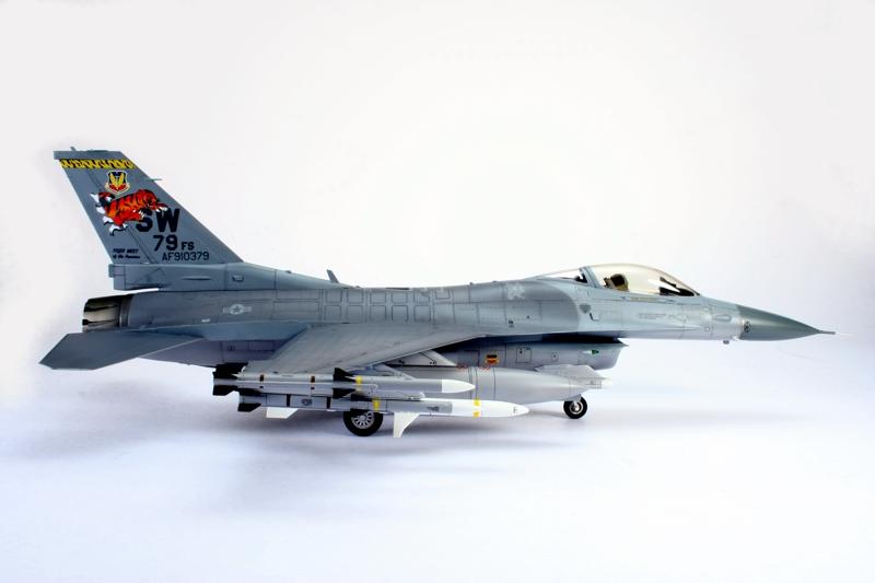 F-16_3.jpg