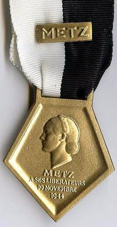 Libération de Metz, par la 1e demi-brigade (8e,16e,30e BCP) Metz_R
